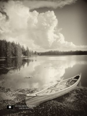 CANOE AT MAYER LAKE